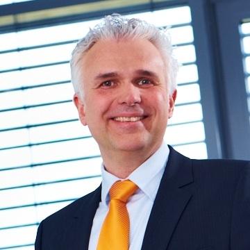 Let's MINT Mitgliedsunternehmen: Höcker Polytechnik geschäftsführender Gesellschafter Frank Höcker
