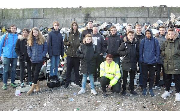 Spannender Besuch bei Recyclingexperten
